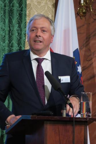Dr. Helge Wittmann