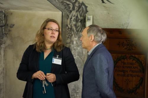 Dr. Antje Schloms, Mühlhausen führt durch das Reichstädtische Archiv